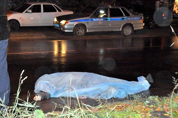 Житель Карачаевска погиб под колесами автомобиля