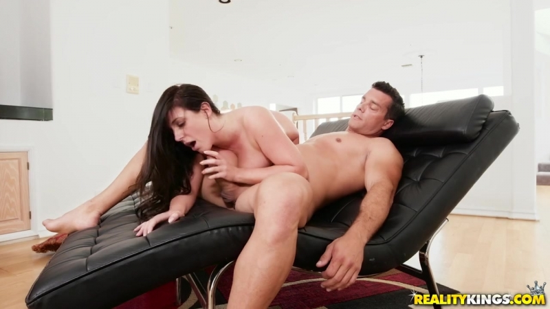 Angela White Amateur, Big Tits Worship, Outside, Indoors, Kitchen, Blowjob, Anal Play, 720p,