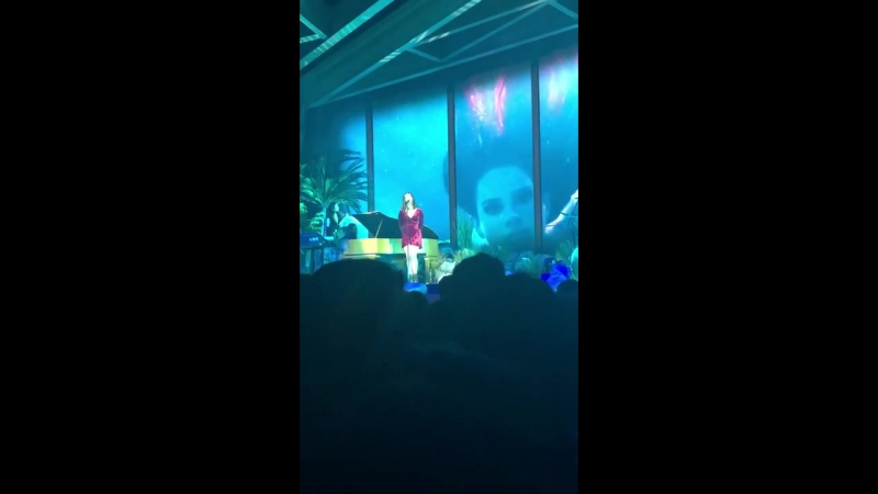 Lana Del Rey – Music To Watch Boys To (Live @ «LA To The Moon Tour»: «Pepsi Center»)