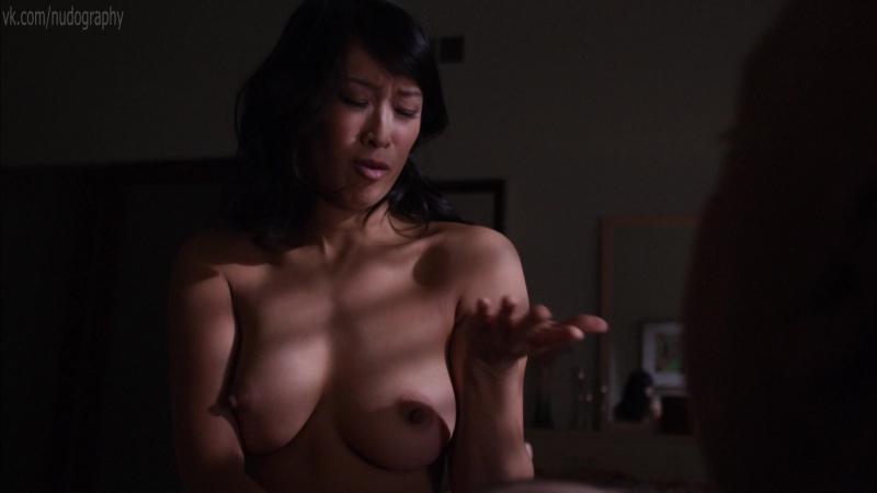 Голая Камилль Чен (Camille Chen) в сериале