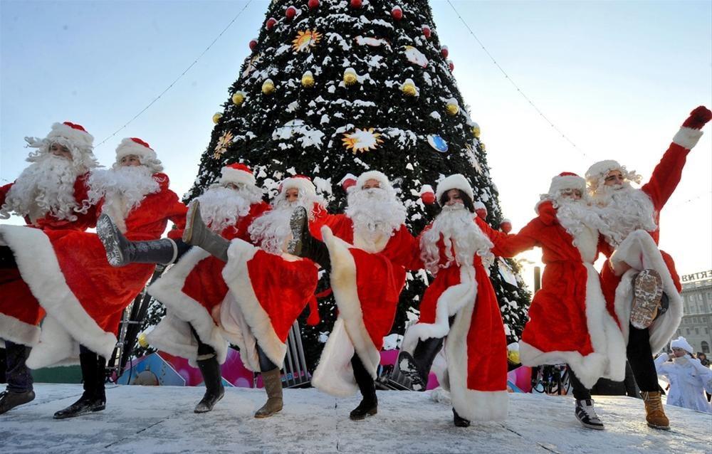 Д. Медведев утвердил календарь выходных дней в 2018