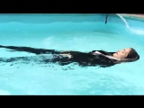 Class in the pool Wetlook