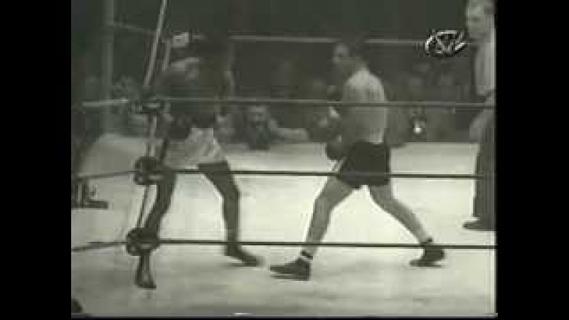 1951 2 14 Jake LaMotta vs Ray Robinson VI