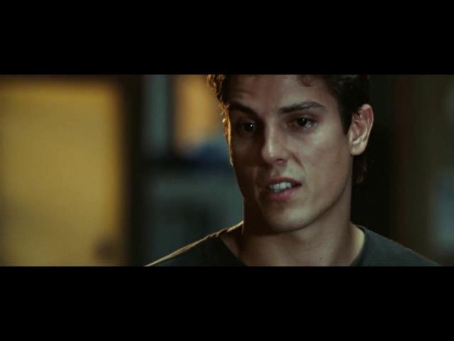 Фильм Никогда не сдавайся 2008 Боец друг Макс в больнице Разговор Тайлера с тренером перед боем