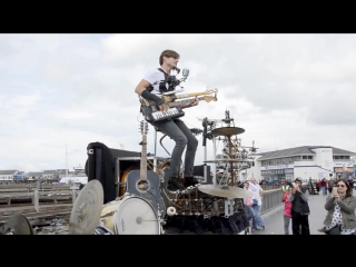 Как играть рок, если у тебя нет группы