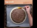 огромный пирог из фарша и сыра