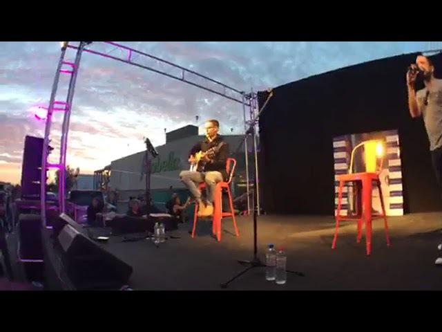 Abraham Mateo canta Loco Enamorado y Mi Vecina concierto exclusivo, Alto Avellaneda, Argentina