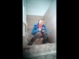 Малолетки писают и какают скрытая камера в туалете школы