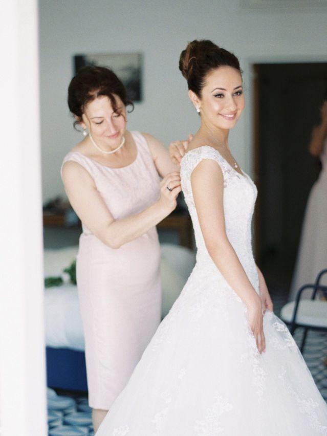 Фразы, которые не надо говорить маме перед свадьбой