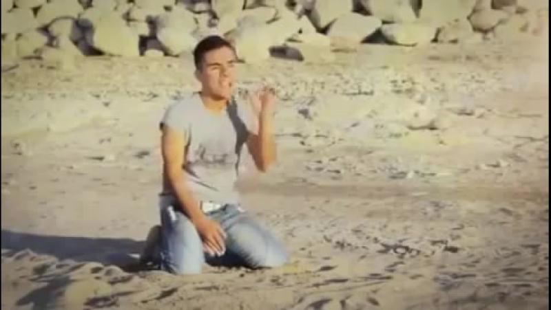 Таджикская девушка поет рэп.mp4