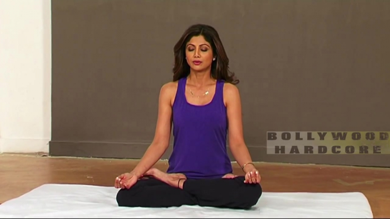 Shilpa Shettys Hot Yoga - For Complete Fitness for Mind Body And Soul - International Yoga Day