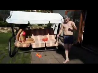 Екатерина Климова устроила с мужем зажигательные танцы на свежем воздухе