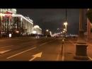 Водители на джипах Lexus устроили церемониальный заезд перед зданием Генштаба в Москве