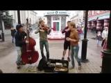 Девушка супер спела песню 'Такого, как Путин'