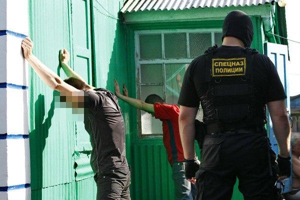 В Таганроге сотрудники полиции пресекли деятельность наркопритона
