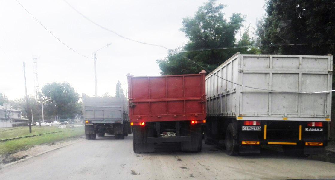 На таганрогских дорогах вводятся сезонные ограничения движения для большегрузов
