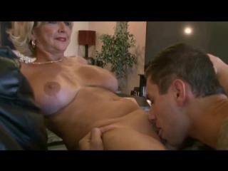 Порно кино зрелые и мальчишка