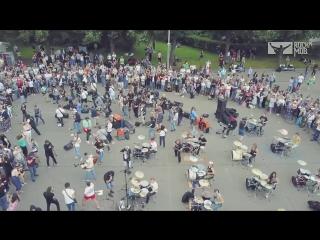 Уличные музыканты/ rocknmob linkin park numb