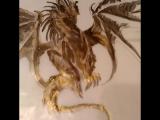 Рисую дракона, эскиз для сумки