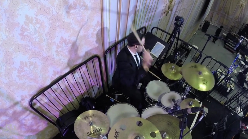 Freilach Instrumentals- Niggun Bobov - Lo Seivoishi