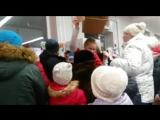Ажиотаж из-за Беззубиков и Котах в сапогах в одном из магазинов Югорска