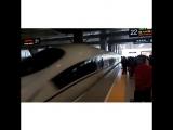 Китайские железные дороги и ж/д вокзалы - просто космос! Что не поезд, то наш Сапсан - за 700р и 45 минут домчал нас из Ханчжоу