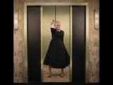 Elisabeth Moss  на вечеринке InStyle Globes