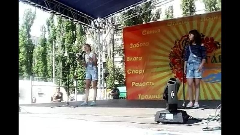 Лютова Полина и Евгения Свиридова, фестиваль Загарушка 2017