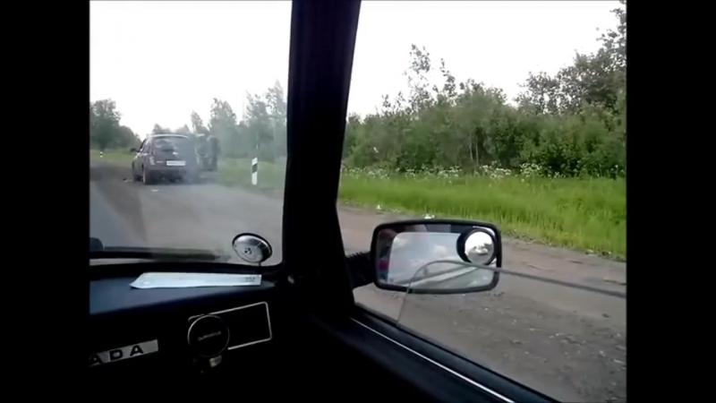 Наглые водители и рульный дальнобойщик