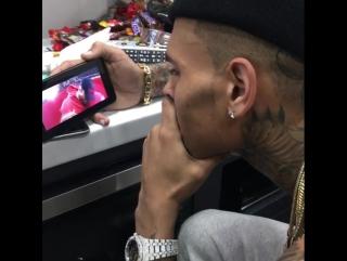 Крис смотрит клип на песню Just As I Am