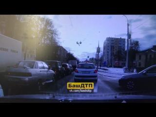 Чуть чуть не ДТП и таких неадекватов хватает на дорогах
