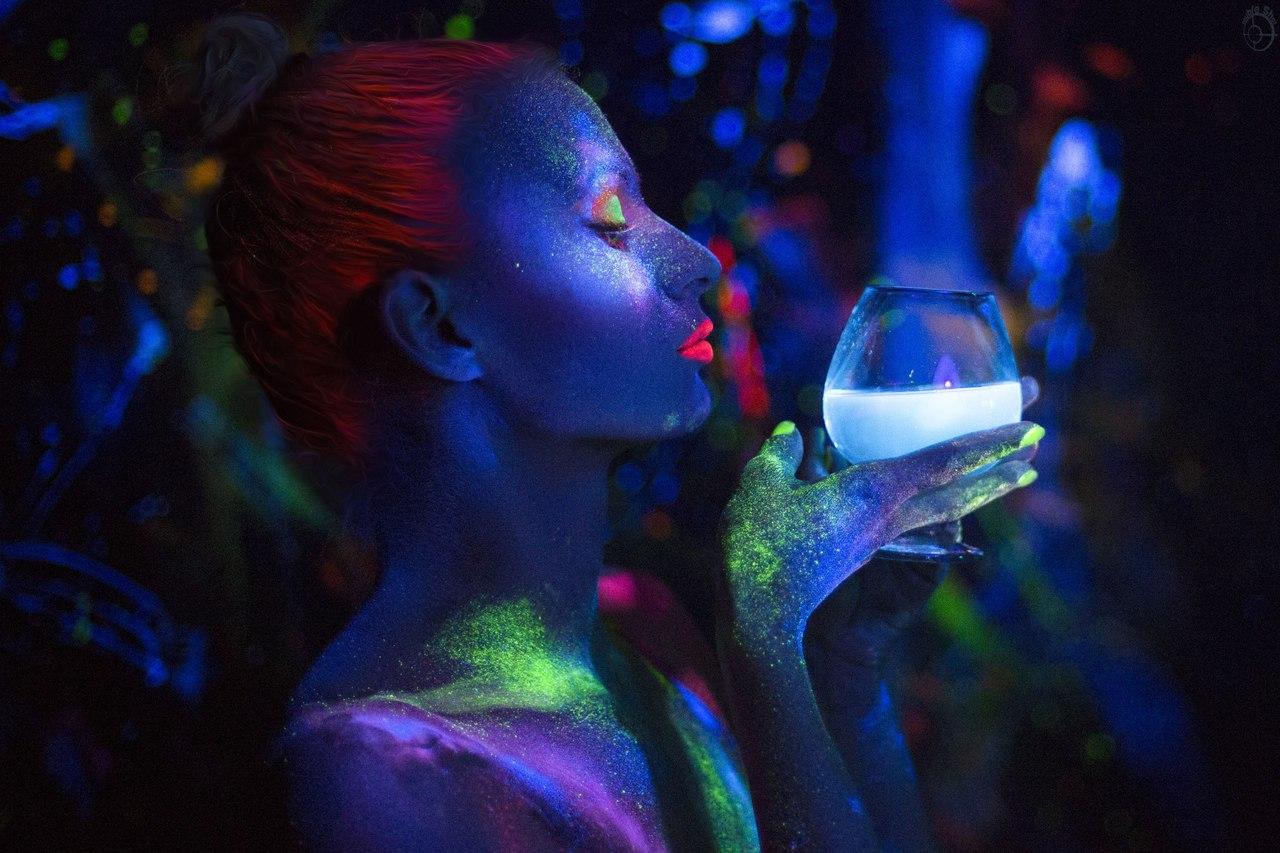 вид неуклюжее фотографирование с ультрафиолетовым освещением хочу всей души