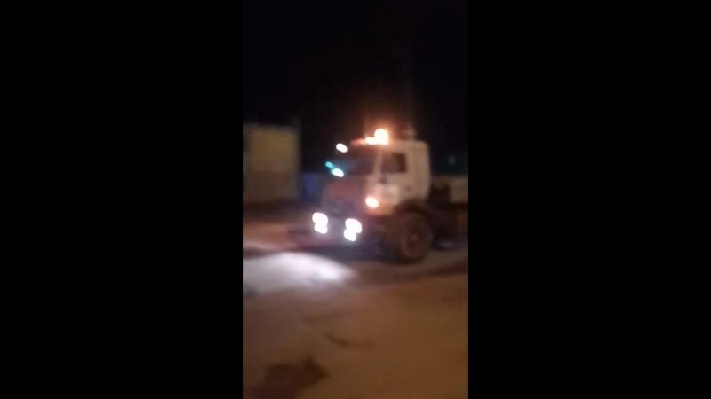 На свалке в Кировском районе вытащил четырех осного китайца уралом с лебёдкой, предварительно привязав его к гружённому самосвал