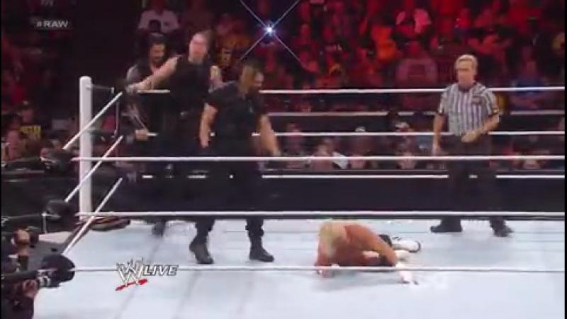 WWE RAW 19.08.2013 Щит против Дольфа Зиглера.Гандикап матч