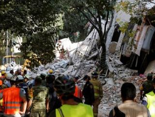 Мексика, Рушатся дома, паника, жертвы, Мощное Землетрясение в Мексике 19.09.2017