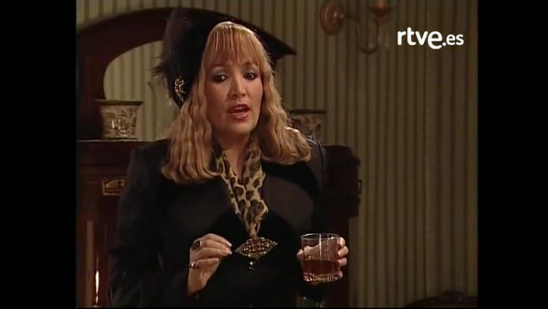 Amar en tiempos revueltos - Episodio 84 - Manolita lleva el bar de Marcelino como un cuartel