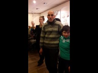 Лампа Человек Он /Открытие выставки Алексея Сахнова и Юлии Косульниковой » Freewka.com - Смотреть онлайн в хорощем качестве