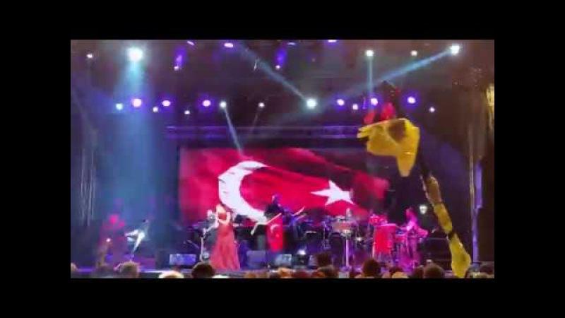 Candan Erçetin - Hit The Road Jack