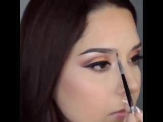 Выразительный вечерний макияж