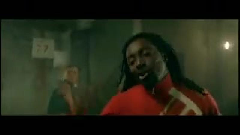 30. Элементы танца живота в исполнении знаменитостей! Ферджи (Fergie) из Black Eyed Peas
