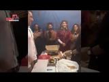 Салман Кхан и Жаклин празднуют День Рождение Аянанка Бозе на съемочной площадке Гонка 3