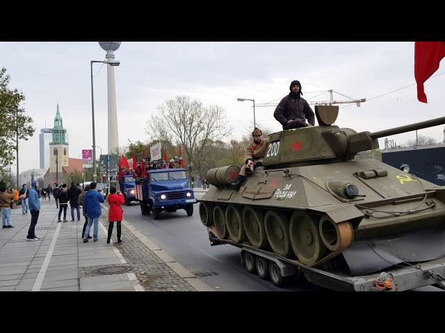 Невероятно, но факт: в Германии празднуют 100 летие Нашей Революции