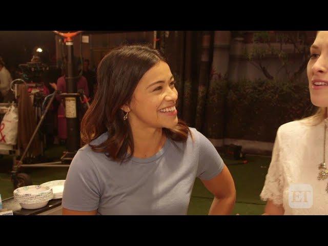 Джина Родригез и Хайме Камил за кадром сериала Девственница Джейн