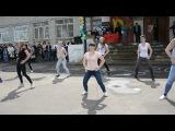 Танец девочек 11-х классов МБОУ ТР СОШ №2 _ Последний звонок _ 25.05.2017