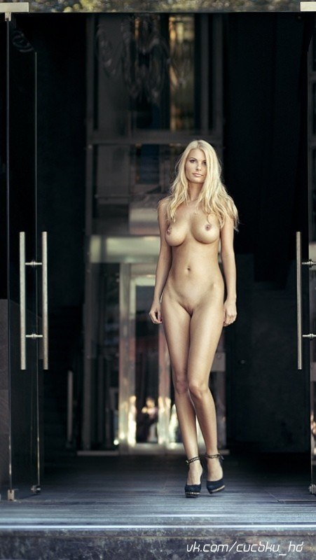 Nude dancer pictures