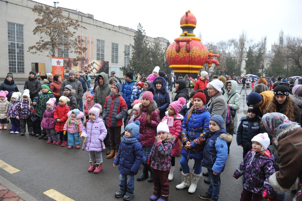 На ТАГМЕТе поздравили детей с наступающим Новым годом