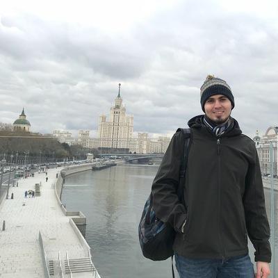 Артем Карнаухов
