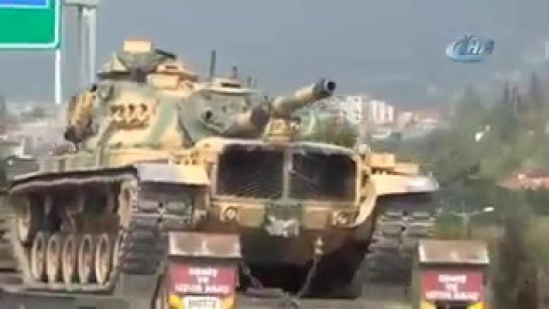 Турки двигают бронетехнику на границе с Идлибстаном (21 сентября 2017) :
