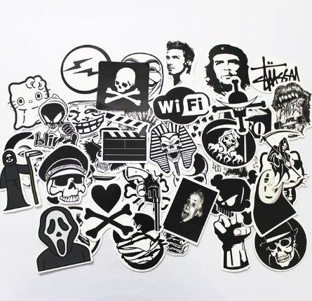 Набор черно-белых стикеров