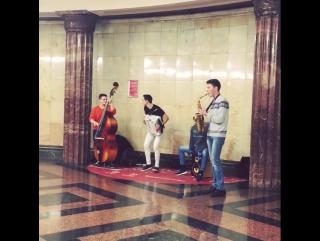 Зажигательная музыка на Курской